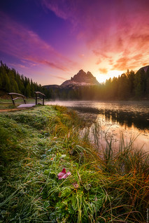 Sunrise at Antorno lake...