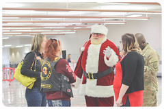 2017 Holiday Meals for Military - El Paso, TX (op_homefront) Tags: operationhomefront holidaymeals hmfm holidaymealsformilitary elpaso texas military walmart jimbeam saic cocacola