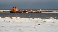 Ile 2018-21 (Tasmanian58) Tags: bateau pétrolier tanker orleansisland quebec canada vivitar serie1 zoom 70210 sony a7ii island river stlawrenceriver stlaurent fleuvestlaurent