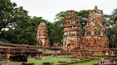 Ayutthaya - 19 (Lцdо\/іс) Tags: ayutthaya thailande thailand thailandia thai thaïlande travel temple historic siam lцdоіс voyage citytrip city oldcity capital buddha buddhisme