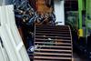 雑多の妙 (Yorozuna Yūri / 萬名 游鯏(ヨロズナ)) Tags: pentaxautotakumar55mmf18 横浜 横浜市 保土ヶ谷 保土ヶ谷区 星川 yokohama hodogaya hoshikawa 神奈川県 kanagawa japan 工事 construction 工事用品 コーンバー