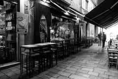 "Bologna -  ""Il quadrilatero"" - Via Pescherie Vecchie (Massimo Battesini) Tags: bologna emiliaromagna italia it olympusem5markii olympus em5markii mzuikodigitaled124028 zuiko olympus1240mmf28 market marché mercato bazar bazaar centrostorico zentrum centreville centromedievale centremédiéval medievalcenter centromedieval città ville city stadt town ciudad photographiederue streetphotography fotografiaderua photosdelavie escenacallejera ilquadrilatero viapescherievecchie italy italie italien europe europa"
