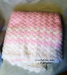 Hand Crochet Baby Shell Blanket (Jack4Phil) Tags: baby blanket covering white pink crochet handcrafted originaldesign