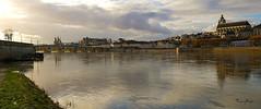 Reflets de Loire (Sugarth Photo) Tags: blois loircher 41 france loire loireriver ciel nuages sky clouds sonya7 fe1635mmf4zaoss dromode pscs6 reflets cathédrale pont contrejour backlight