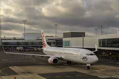 Lady Rebecca (Jesher64) Tags: virgin australia sydney sidney kingsford smith airport vhvuh boeing 737800 ool goldcoast coolangatta ground gate nuevagalesdelsur newsouthwales
