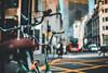 Detalles en la Magnitud (JavierAndrés) Tags: bicicletas bikes depthoffield profundidaddecampo dof pdc bokeh ciudad city calle street urbano urban sidewalk vereda fondo background edificios buildings personas people colectivo bus viaje viajar travel trip thecity londres london england inglaterra greatbritain granbretaña reinounido unitedkingdom colores colors color detalle detail tarde afternoon wanderlust nikon nikkor d800 50mm 14 f14