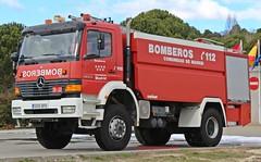 Bomberos Comunidad de Madrid (emergenciases) Tags: emergencias españa 112 bomberos bomberoscm bomberoscomunidaddemadrid bnp bombanodrizapesada vehículo camión truck comunidaddemadrid parquedebomberos parque35 mercedes cuba nodriza tanque cisterna sanmartíndevaldeiglesias