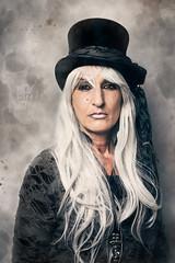 Bad Girl (buchsammy) Tags: buchsammy margit portrait look zylinder shooting studio blitz sony sonyalpha9 55mm grau langehaare verkleidet gothic steampunk women frau mensch