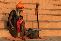 Varanasi. Uttar Pradesh. India. (Tito Dalmau) Tags: street portrait man sadhu varanasi uttarprasesh india