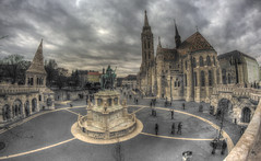 #184 (mariopolicorsi) Tags: mariopolicorsi canon eos 700d fisheye samyang 8mm hdr hdraward simplysuperb photoshop photomatix inverno winter dicembre december budapest città city capitale europa europe ungheria piazza square travel vacanza chiesa church architecture architettura cityscapes citylife