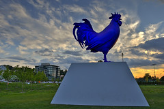 Hahn/Cock at sunset (schwerdf) Tags: art hdr hahncock lowryhill minneapolis minnesota sculpture sculpturegarden sunsets