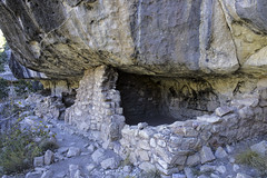 Walls and Soot (dcnelson1898) Tags: walnutcanyonnationalmonument flagstaff arizona cliffdwellings sinaguaculture precolumbian nativeamerican nationalpark nationalparkservice nps park history