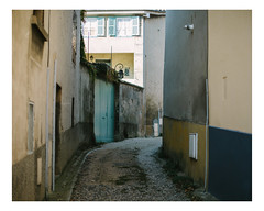 saint-didier-au-mont-d'or (Mériol Lehmann) Tags: topographies landscape cityscape street france