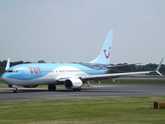 G-FDZU Boeing 737-8K5 TUI Airways Ltd (Aircaft @ Gloucestershire Airport By James) Tags: manchester airport gfdzu boeing 7378k5 tui airways ltd egcc james lloyds