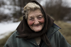 Parasca (silvia pasqual) Tags: romania romanian people person portrait portraiture woman old age elderly east europe travel travelling photo photography human humanity world canon fotocult ntg natgeo smile smiling happy