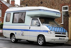 M252 UAU (Nivek.Old.Gold) Tags: 1995 volkswagen transporter 57 d swb autosleeper camper 2370cc t4