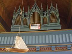 Kvernes. Île d'Averoya. Norvège. Église du XIXe siècle. Orgues. (fvib'r) Tags: kvernes église church kirke norvège norway orgue symétrie symmetry