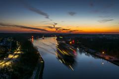 Levensauer Hochbrücke (rahe.johannes) Tags: kiel levensauer hochbrücke sonnenuntergang schiffe kanal langzeitbelichtung schleswigholstein lichter