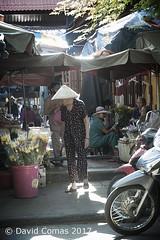 Hoi An - Central Market (CATDvd) Tags: august2017 catdvd httpwwwdavidcomasnet httpwwwflickrcomphotoscatdvd cộnghòaxãhộichủnghĩaviệtnam repúblicasocialistadevietnam repúblicasocialistadelvietnam socialistrepublicofvietnam việtnam vietnam nikond70s faifo faifoo hoian hộian ancienttown centralmarket market mercado mercat architecture arquitectura edifici edificio building portrait retrat retrato