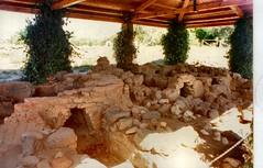 Ancient Naxos, Sicily (John McLinden) Tags: naxos sicily greek colony magnagraecia masonry
