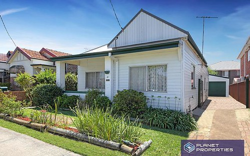 31 Clissold Pde, Campsie NSW 2194