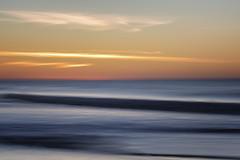 Sonnenuntergang (blichb) Tags: 2018 deutschland meer nordsee schleswigholstein sonya7rii strand sylt wennigstedt weststrand zeissbatis1885 blichb bewegungsunschärfe sonnenuntergang langzeitbelichtung