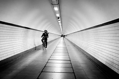 (fernando_gm) Tags: street simplicity travel traveling trip tourism turismo travelling turism tunel tunnel blackandwhite bw blancoynegro man monochrome monocromo monocromatico bike bicicleta bici bicycle antwerp anvers amberes belgica belgium fujifilm fuji 1024mm xt1 lines lineas geometry geometría gente people person persona hombre human humano