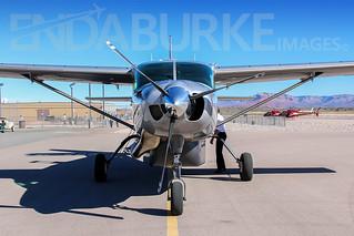 Maverick Airlines N619MA 30-9-2013