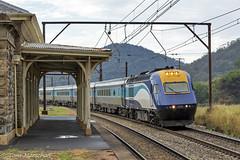 WT28 XP2018 XP2009 Bowenfels 270118-1 (Tom Marschall) Tags: train nsw sydney australia blue mountains weekend xpt trainlink railway