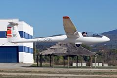 Club de Vol a Vela d'Igualada-Odena. LEIG. (Josep Ollé) Tags: velero planeador glider remolcando remolque ls1 fcksb igualada odena aeródromo airfield spotting spotter fotografía photography