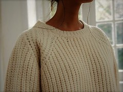 Casual weekend knitwear (Mytwist) Tags: womens knitwear white jumper ribbed grande outfit sweatergirl sexy love style design fashion modern wool bulky chunky sweater pullover cabled craft cozy casual weekend knit knitting handgestrickt heavy handcraft handknit handmade lady passion polo pure