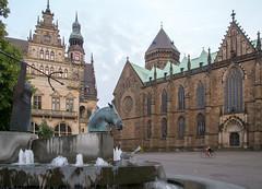 Dreizack (krieger_horst) Tags: neptunbrunnen bremen domshof stpetridom brunnen
