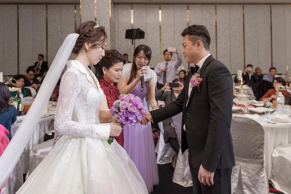 婚攝 高雄林皇宮 婚宴 時尚氣質新娘現身 S & R 126
