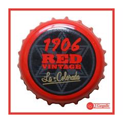1906 Red (J.Gargallo) Tags: estrellagalicia cerveza beer bier birra red chapa bebida drink canon canon450d eos eos450d 450d tokina tokina100mmf28atxprod macro macrofotografía marco framed