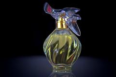MM Das Parfüm. (petermüller21) Tags: macromondays myfavouritenovelfiction