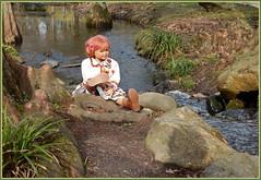 Sanrike ... (Kindergartenkinder) Tags: kindergartenkinder annette himstedt dolls sanrike wald baum