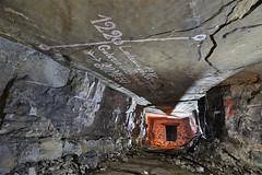 Limite de propriété (flallier) Tags: carrière souterraine gypse underground gypsum quarry plâtre plâtrière séparation grille porte limitedepropriété secondemasse 1220