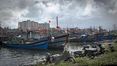 fishing port Da Nang (Klaus Mokosch) Tags: fishingport asia asien water ship cloud vietnam danang klausmokosch