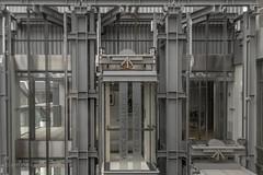 Vertical Gallery (ARTUS8) Tags: innenarchitektur flickr nikond800 nikon1635mmf40 technik fahrstuhl lift linien lines