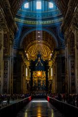 Inside St. Peter's Basilica (part IV) (Greg @ Montreal) Tags: stpetersbasilica basiliquesaintpierre basilique church eglise cathédrale cathedrale light ray rays lumière inside intérieur roma rome italy italie travel voyage europe nikon nikonpassion d7100