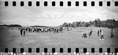 2017-07 - 091SR_06 (sarajoelsson) Tags: sprocketrocket blackandwhite bw panorama panoramic sprocketholes digitizedwithdslr toycamera ilford 135 35mm hp5 monochrome plasticlens everydaylife filmphotography filmisnotdead believeinfilm filmshooter film wideangle lomography lomo city urban xtol teamframkallning bnw svartvitt blackwhite sweden 2017 summer summertime july