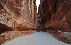The Siq, Petra, Jordan 2 (199) (tango-) Tags: giordania jordan middleeast mediooriente الأردن jordanien 約旦 ヨルダン siq petra canyon