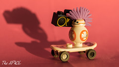 BB-80s (The Aphol) Tags: afol lego diorama legography legophotography minifigs minifigures toy toyphotographers toyphotography starwars droid bb8 theforceawakens thelastjedi 80s 80 punk skateboard skate vintage radio