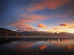 Mt. Shasta Sunrise from Lake Siskiyou (wesome) Tags: adamattoun mtshasta lakesiskiyou