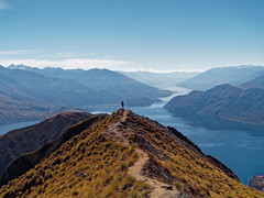 2017.04 - Roys Peak, New Zealand (rambles_pl) Tags: newzealand mountain mountains sky bluesky blue path sea river fiord fiords
