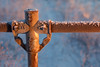 frosty cross (Christian Collins) Tags: canoneos5dmarkiv ef100400mmf4556lisiiusm fence frosty ice morning sunrise midmichigan winter january