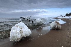 White sand beaches and umbrella drinks for the rest of your life (airSnapshooter) Tags: ice beach sand sea ostsee cloud sky gdansk breakwater frost canoneos6d canonef1635f4l white poland europe