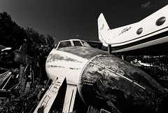 Sad end (Guillaume DELEBARRE) Tags: plane cemetery czechrepublic blackandwhite bw noiretblanc nb canon 6d 1740 noze carlingue avion decay abandonned former