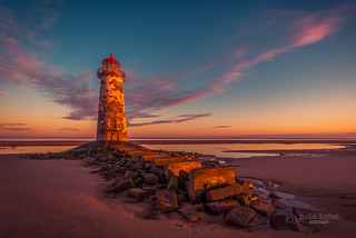 Sunrise at the Point of Ayr lighthouse (Talacre)