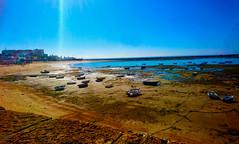 Caleta - Cádiz (Eva Gmz) Tags: cadiz caleta mar barcas cielo blue atlantico sun océano playa arena andalucia spain campo sur casco antiguo